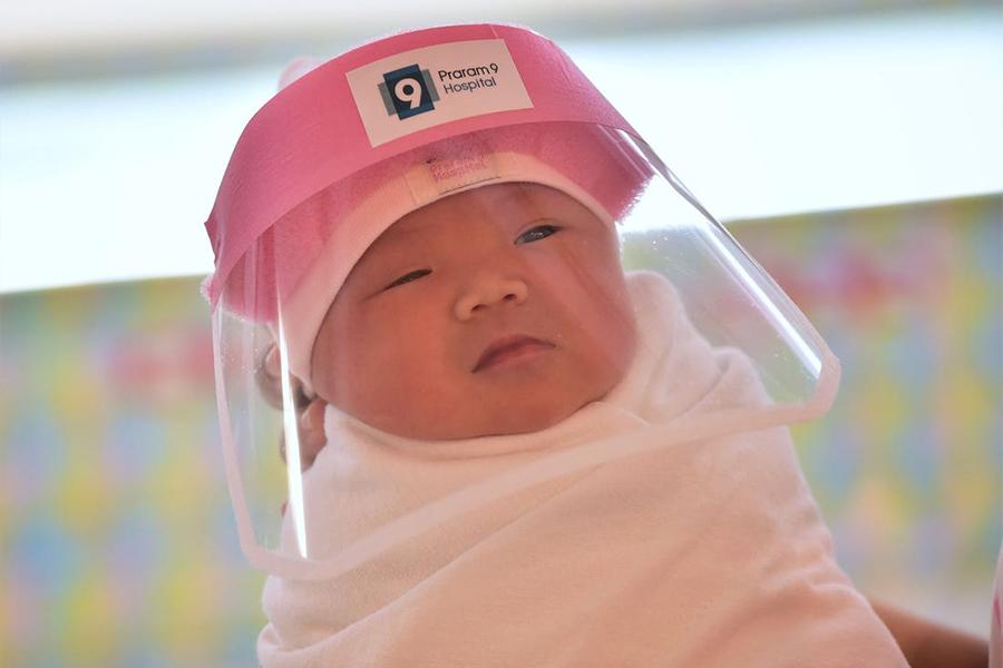 Quần áo cho trẻ sơ sinh trong mùa dịch Corona - Khẩu trang, mặt nạ cho bé