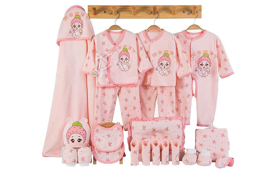 Xu hướng màu sắc quần áo trẻ em sơ sinh 2020 - Màu hồng